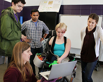 Kat Steele with students in lab